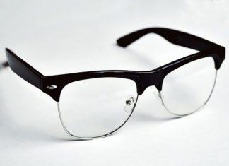 okulary przez internet