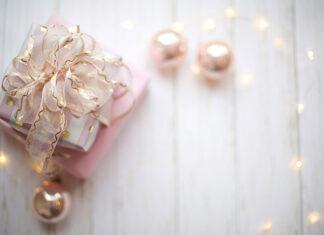 Zestawy lakierów hybrydowych - pomysł na prezent Świąteczny
