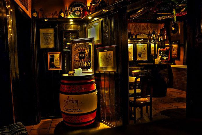 American whiskey – co warto wiedzieć o odmianach trunków ze Stanów Zjednoczonych